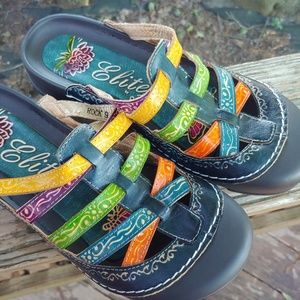 Elite by Corkys sandals